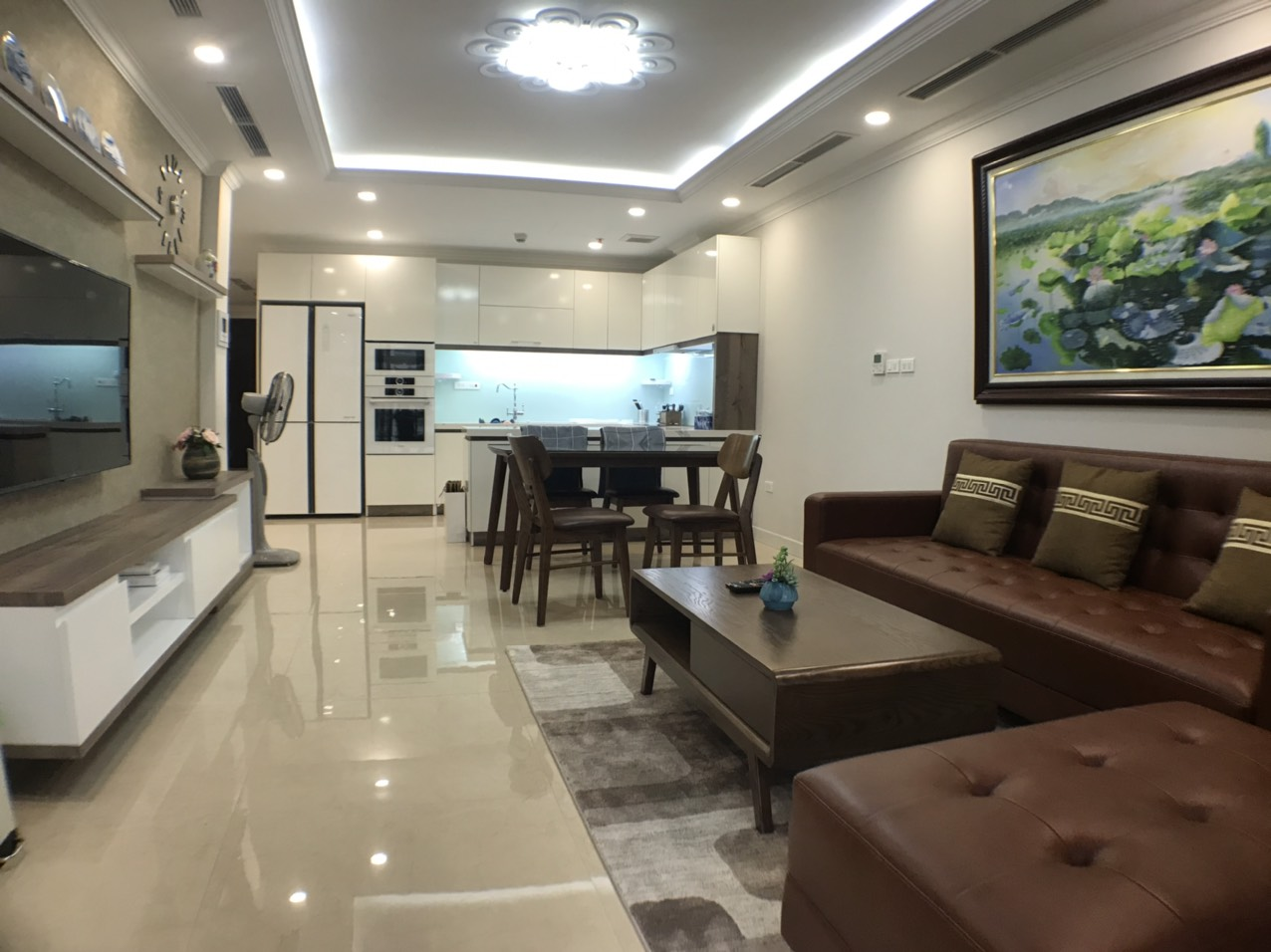 City view 3 bedrooms apartment for rent in D'. Le Roi Soleil