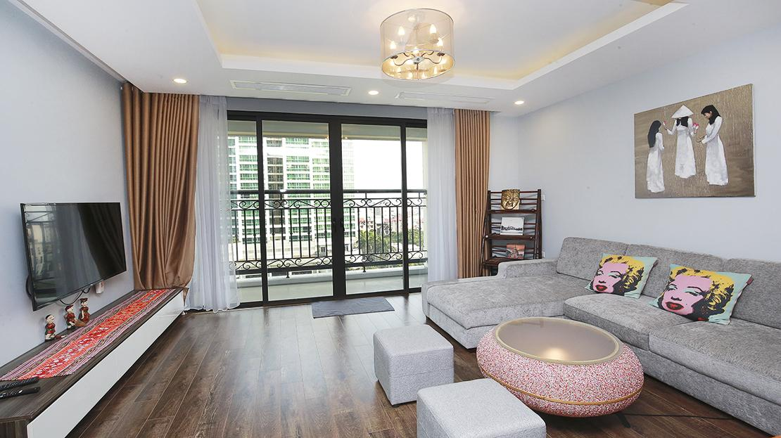 Nice 2 bedroom apartment for rent in D'. Le Roi Soleil